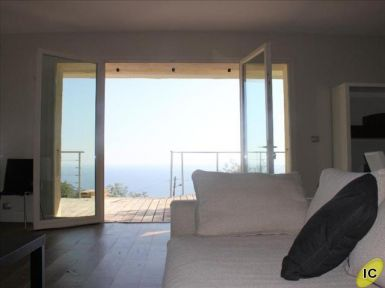 RAYOL CANADEL SUR MER  - Var (83) : For sale : house